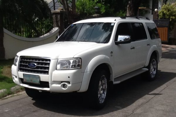 Test drive: Ford Everest 2nd Gen. 2007-2010 — a non-expert car review