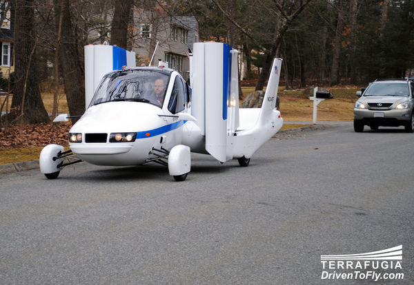 News: A real flying car to hit the market by end year. Place your reservations now!
